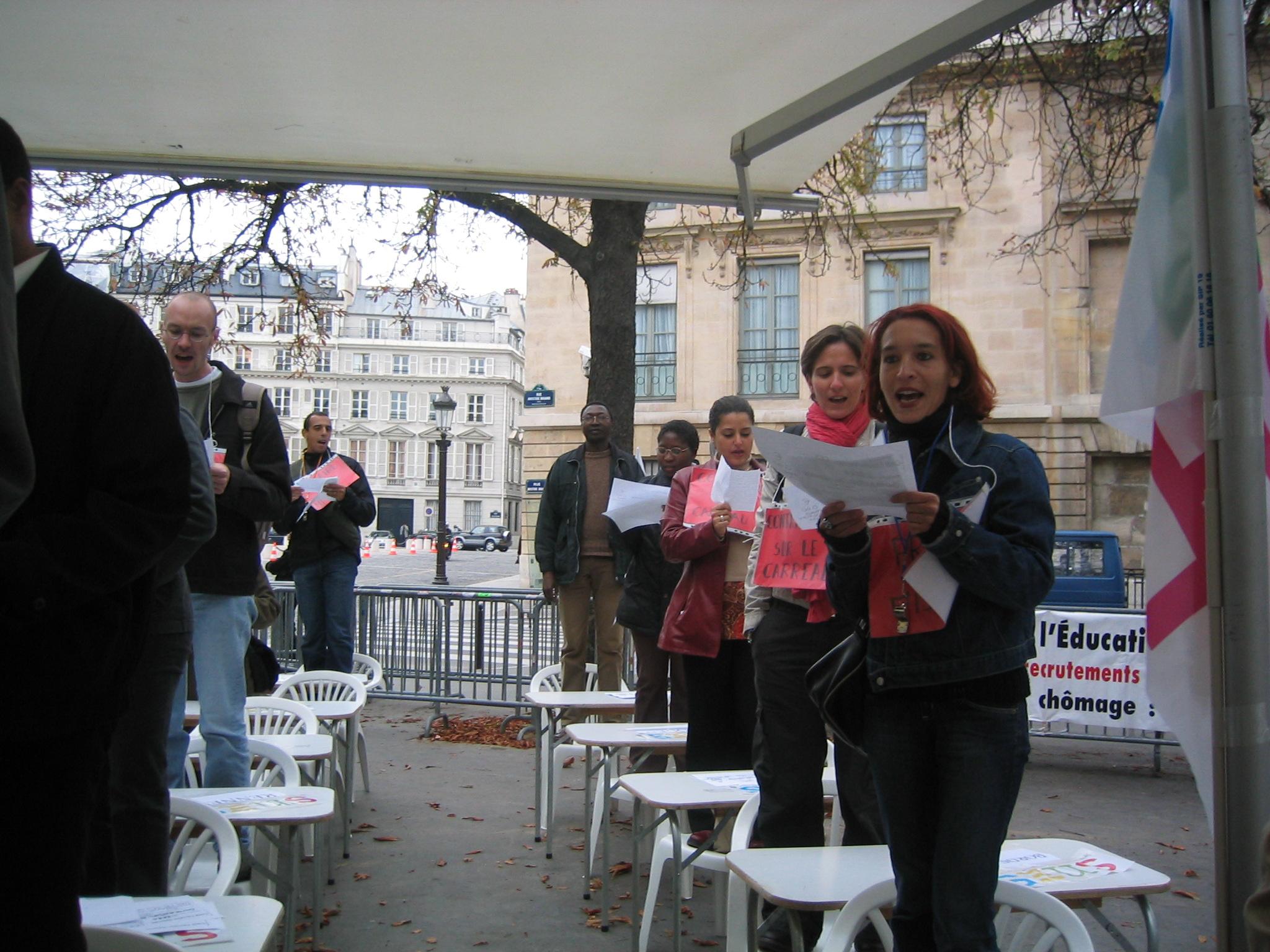 Les photos du rassemblement des non titulaires du 13 for Chambre criminelle 13 octobre 2004